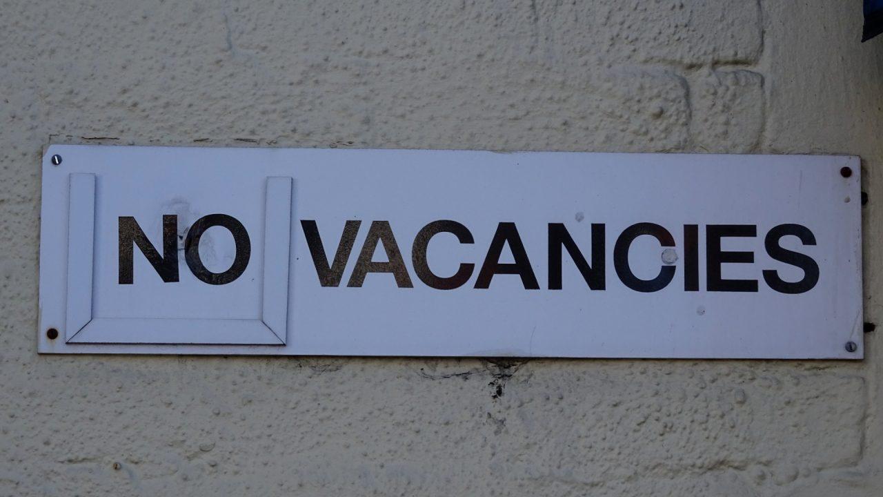 https://ike4co.com/wp-content/uploads/2019/08/hotel-no-vacancies-notice-1280x720.jpg